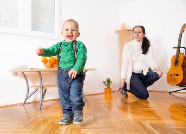 Primeros pasos, el calzado ideal para el bebé
