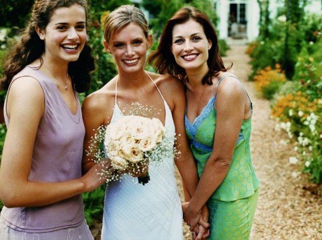 Bodas de verano, elegir vestido y complementos