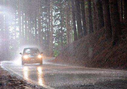 Consejos para viajar seguro con lluvia