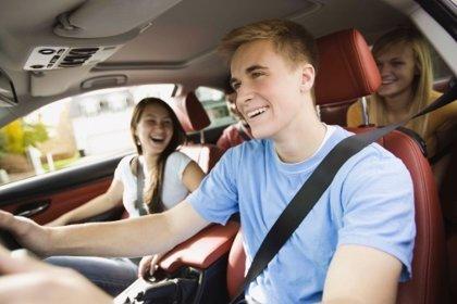 El carnet de conducir por grados para conductores noveles