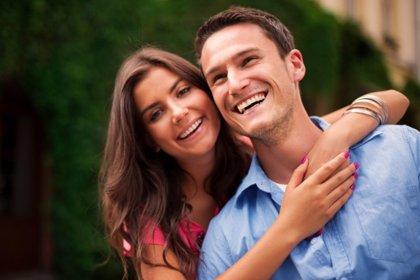 Las parejas que ríen juntas tienen una relación más sólida