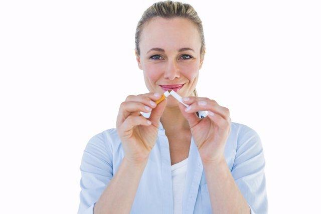 Dejar de fumar cuesta una media de 30 intentos