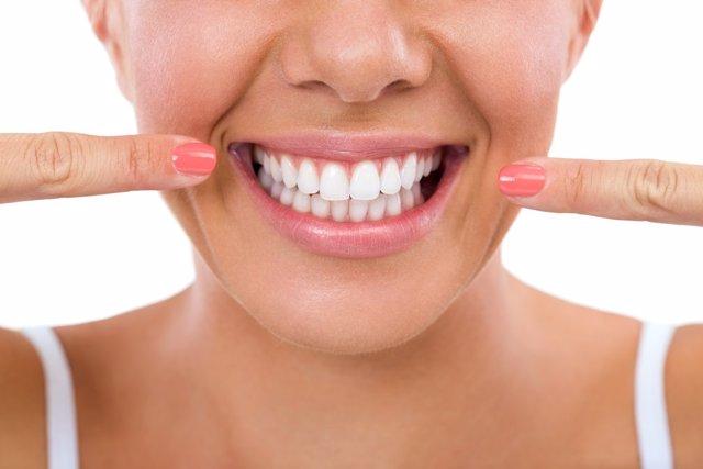 Cómo cuidar de la dentadura en Navidad
