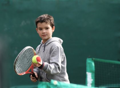 Juega limpio en el tenis: muestra buena educación