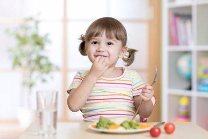 La comida educa, pero también maleduca: comer de todo... ¡y todo!
