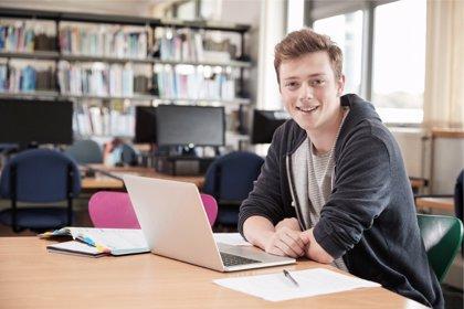 Los jóvenes actuales recuperan el optimismo por su futuro