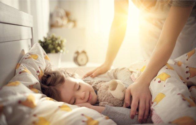 Cómo tratar los problemas de sueño en niños.
