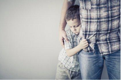 Trastorno de relación social desinhibida, qué es y cómo actuar