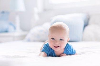 Bebés felices: cómo hacer feliz a tu bebé