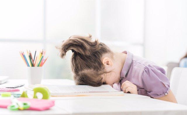 Los pediatras pueden ser unos grandes aliados a la hora de detectar porisibles problemas de salud que deriven en estancamiento escolar.
