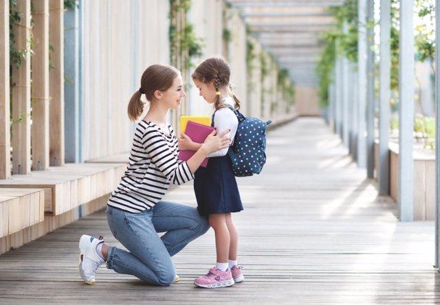 Las familias deben estar presentes en el colegio por la seguridad emocional de los niños