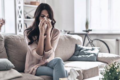 Estornudar y sonarse la nariz: técnicas para ahorrarse una gripe