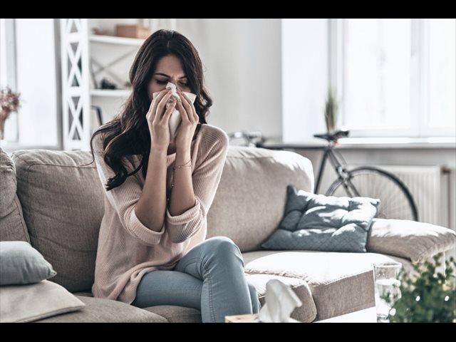 Estornudar y sonarse la nariz tiene su técnica