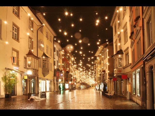 Madrid y Vigo compiten esta Navidad por el alumbrado navideño