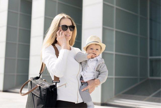 La conciliación laboral de los padres sigue pasando por un horario adaptado a sus necesidades,