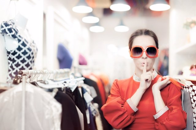 Qué perfil psicológico tiene un adicto a las compras