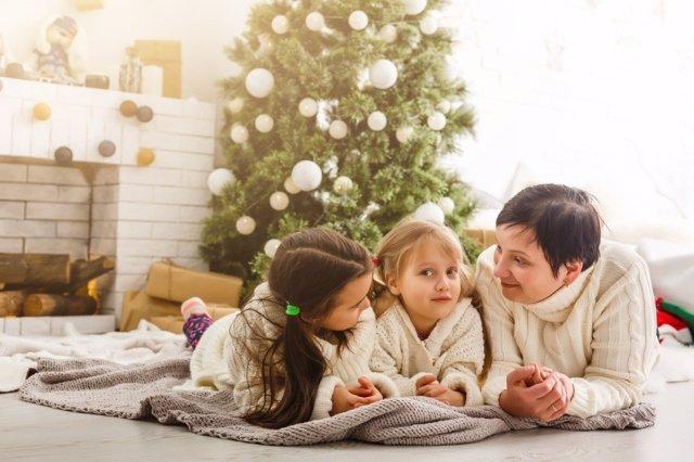 El espírtiu navideño y la simportancia de transmitir sus valores a los niños