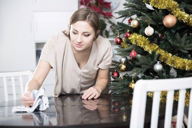 Cómo limpier física y emocionalmente tu hogar con el cambio de año