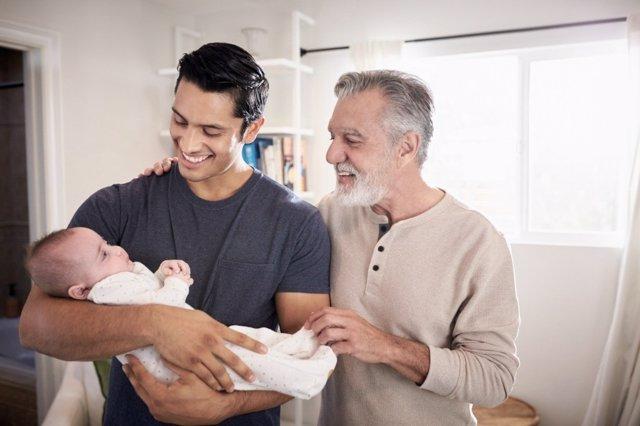En casa o en una residencia, qué es lo mejor para los abuelos