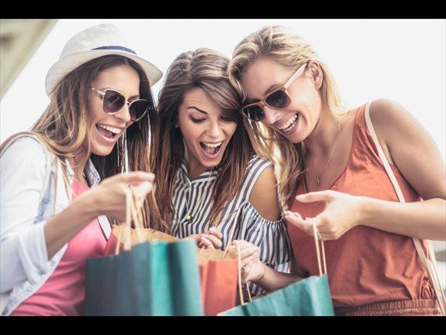 La adicción al consumo: la moda, las marcas, la posesión y la cantidad