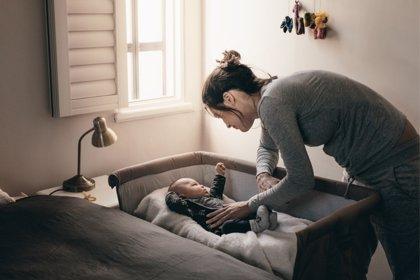 ¿Se debe compartir habitación con los hijos? Los pediatras responden