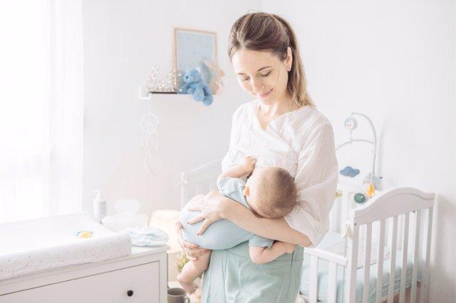 Cada madre brinda a su hijo un tipo de leche, según sus componentes, y así influyen en el desarrollo de los bebés.