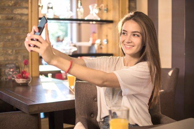 El postureo de las adolescentes