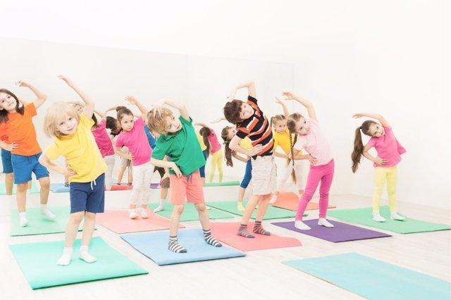 El ejercicio entre los más pequeños debe ser una práctica habitual.
