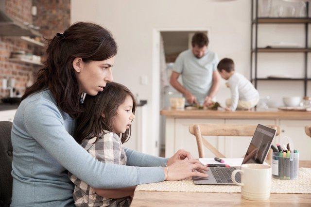 Niños en casa y teletrabajo: aprovecha esta oportunidad