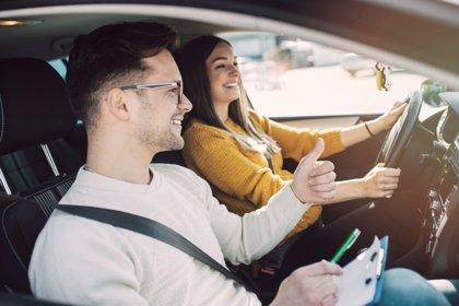 Pasos para pasar el examen de conducir en USA