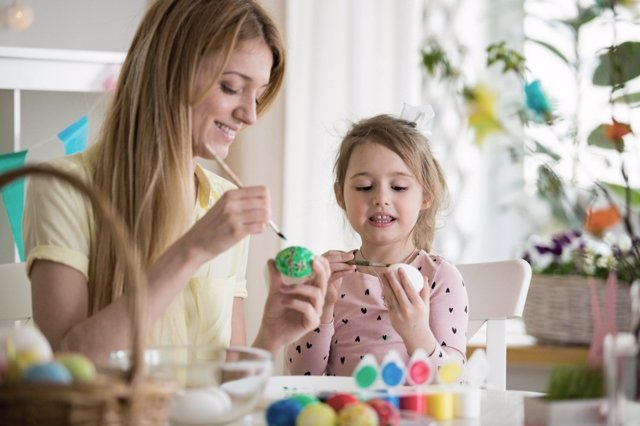 Actividades en familia para pasar en casa la Semana Santa
