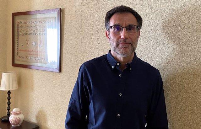 Entrevistamos a Lorenzo Bermejo, autor de Mirando al futuro