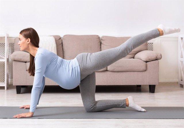5 Ejercicios Que Puedes Hacer En Casa Durante El Embarazo