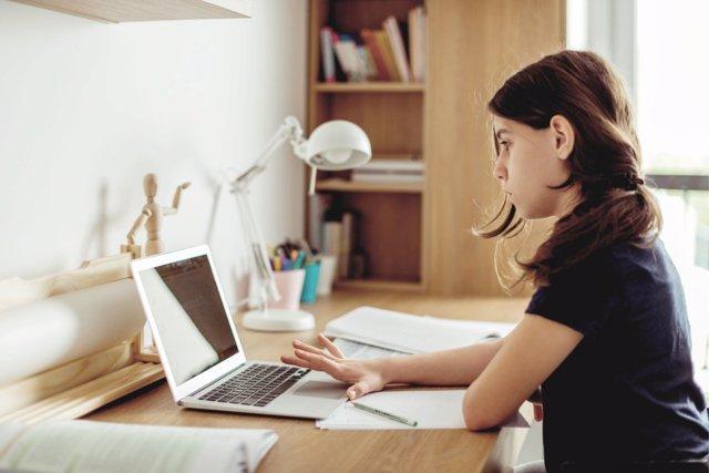El ciberacoso marca el día a día de muchos jóvenes durante el confinamiento.