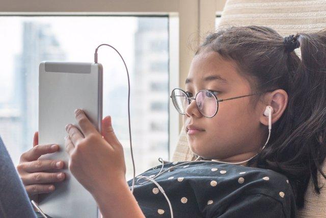 La sobreexposicion a las pantallas puede dar lugar a problemas de visión