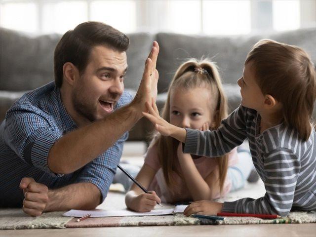 El poder del elogio en la educación: el refuerzo positivo