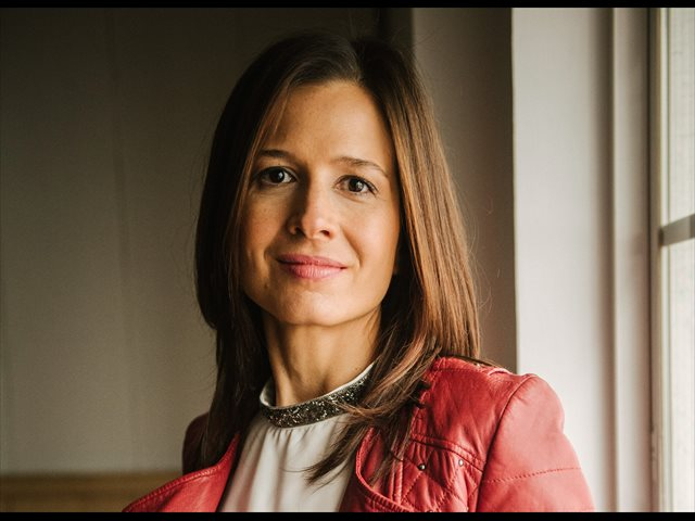 Beatriz Robles: 'No hay evidencia de que este virus se transmita por los alimentos'