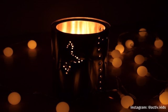 Lámpara quitamiedos con vela-pila para niños
