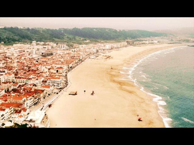 Ohai Nazaré, vacaciones únicas en la costa Atlántica de Portugal