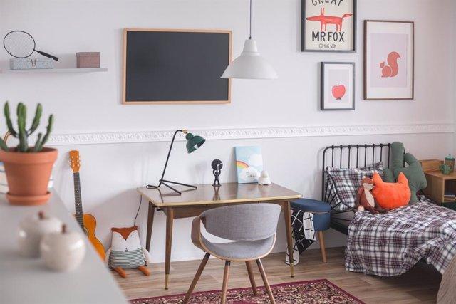 Ideas para adaptar la casa para crear un embiente de clase y oficina