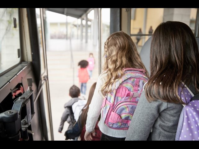 Ruta escolar: 15 consejos prácticos para familias frente a la Covid-19