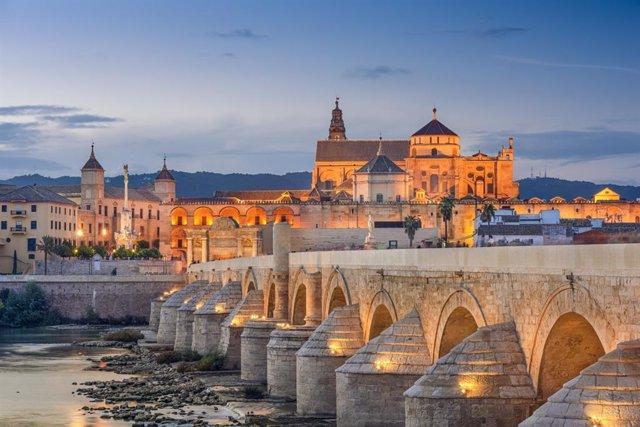 Córdoba, puente sobre el Guadalquivir