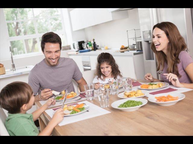 Aprendiendo a comer: la obesidad infantil cae