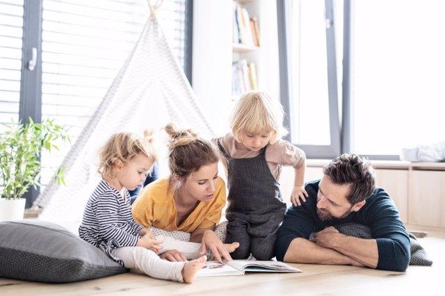 Los niños son como esponjas para aprender idiomas, ¡aprovecha esta oportunidad en casa!