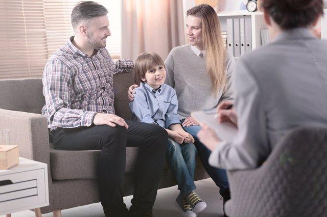 Canales de comunicación entre el colegio y las familias