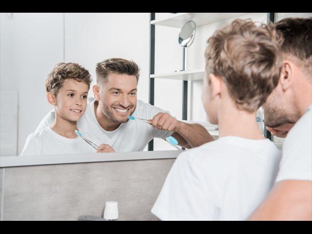 6 errores que cometemos al cepillarnos los dientes