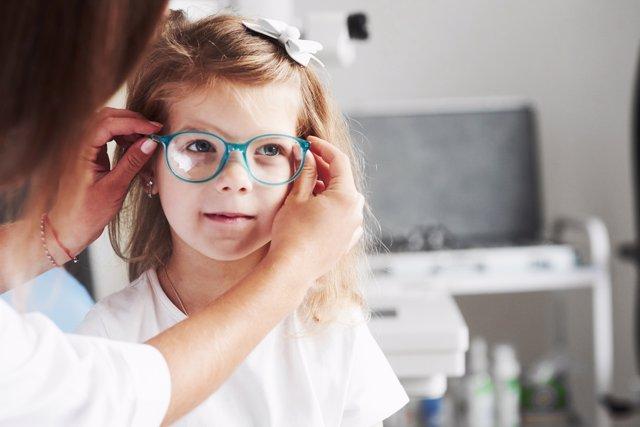 La adaptación de los niños a las gafas