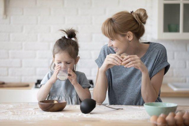 Para evitar trastornos alimenticios en la adolescencia, hay que educar desde la infancia