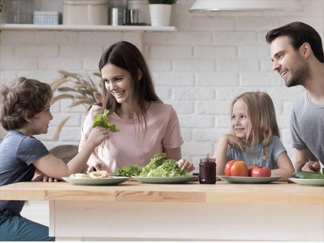 Dejar de comer mal es más importante que comer bien