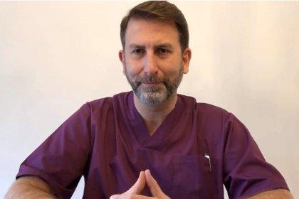"""Jesús Garrido: """"Llamar cólicos al llanto del bebé es una incapacidad para diagnosticar problemas concretos"""""""